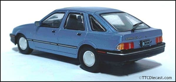 1:43 Scale Diecast - Ford Sierra 2.3l Ghia 1984 - Light Blue  - In Solid plastic case - MAG LX99
